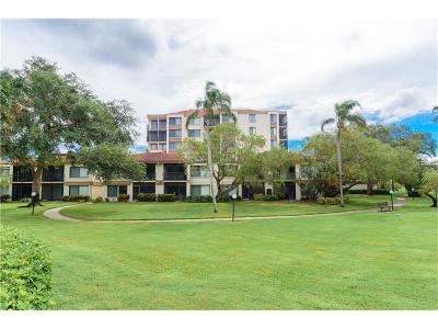 St Petersburg FL Condo For Sale: $220,000