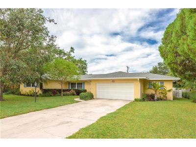 Largo Single Family Home For Sale: 304 Orangewood Lane