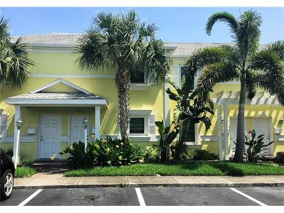 St Petersburg FL Townhouse For Sale: $218,000