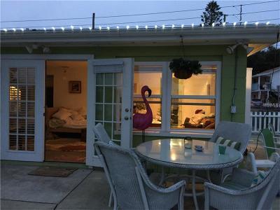 Indian Rocks Beach Single Family Home For Sale: 215 1st Street
