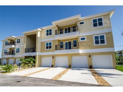 New Port Richey Condo For Sale: 6395 Banyan Boulevard #203