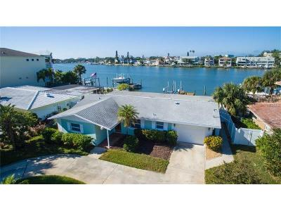 Indian Rocks Beach Single Family Home For Sale: 321 Harbor Drive