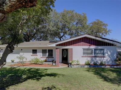 Single Family Home For Sale: 1620 Sunset Point Road
