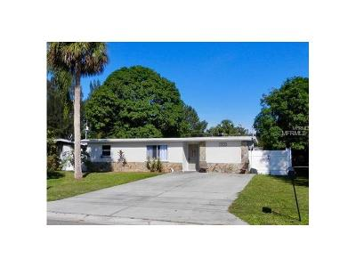 Pinellas Park Single Family Home For Sale: 6241 66th Avenue N
