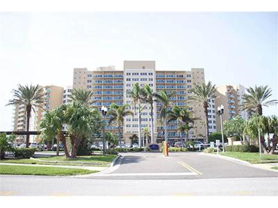 Clearwater Beach Condo For Sale: 880 Mandalay Avenue #C1013