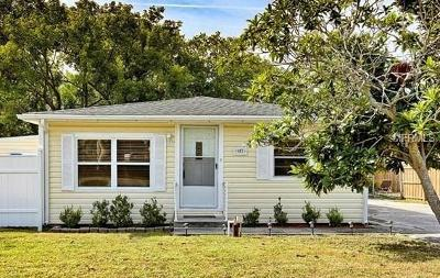 Tarpon Springs Single Family Home For Sale: 587 Dixie Highway