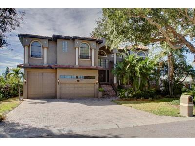 Clearwater Beach Single Family Home For Sale: 124 Leeward Island