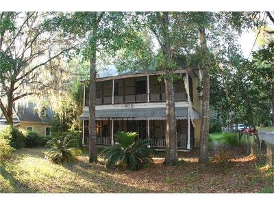 Brooksville Single Family Home For Sale: 300 W Fort Dade Avenue