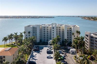 St Petersburg Condo For Sale: 6105 Bahia Del Mar Circle #282