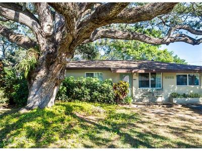 Largo Single Family Home For Sale: 8995 Dream Way