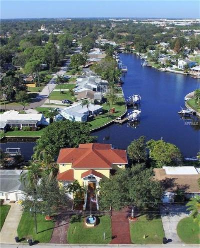 St Petersburg Single Family Home For Sale: 9200 Treasure Lane NE