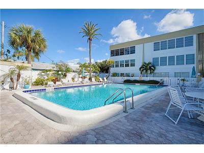 Clearwater Beach Condo For Sale: 661 Poinsettia Avenue #201