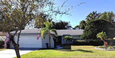 Safety Harbor Single Family Home For Sale: 2410 Country Trails Drive