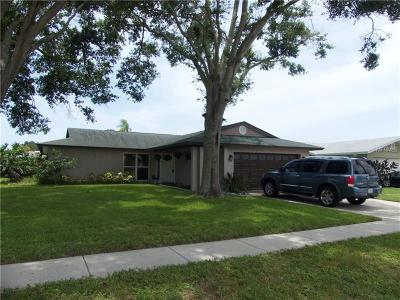 Largo Single Family Home For Sale: 11124 Malaga Drive