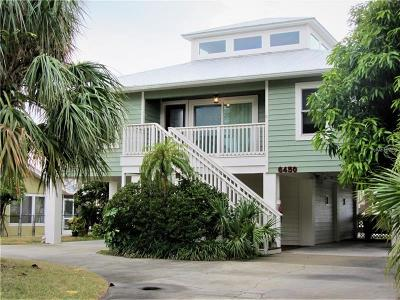 St Pete Beach Single Family Home For Sale: 6450 4th Palm Point