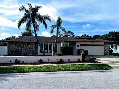 Clearwater Single Family Home For Sale: 3018 Sandpiper Place