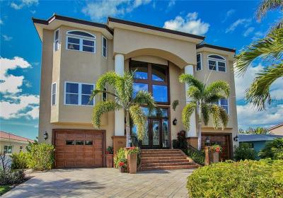 Madeira Beach Single Family Home For Sale: 576 Crystal Drive