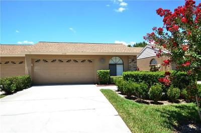 Palm Harbor Villa For Sale: 5539 Salem Square Drive S
