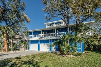 Crystal Beach Single Family Home For Sale: 965 Point Seaside Drive