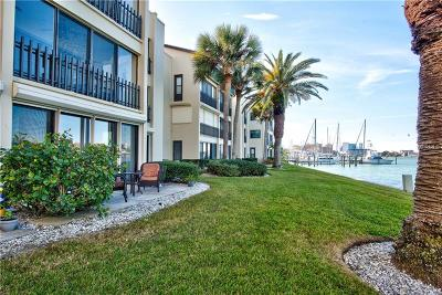 Clearwater Beach Condo For Sale: 868 Bayway Boulevard #105