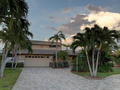 Clearwater Beach Single Family Home For Sale: 315 Windward Island