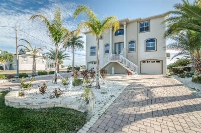 Hernando Beach Single Family Home For Sale: 3456 Bluefish Drive
