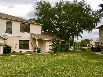 Oldsmar Townhouse For Sale: 25 Emerald Bay Drive