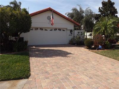 Bradenton Single Family Home For Sale: 4954 Clubview Court E