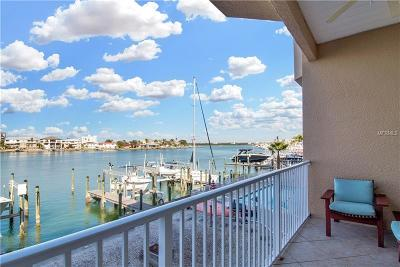 Clearwater Beach Townhouse For Sale: 676 Bayway Boulevard