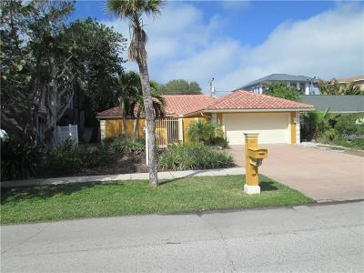 Clearwater Beach Single Family Home For Sale: 1008 Mandalay Avenue