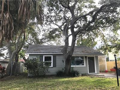 Indian Rocks Beach Single Family Home For Sale: 205 11th Avenue