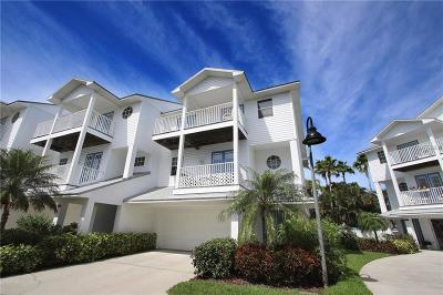 North Redington Beach Townhouse For Sale: 107 Yacht Club Circle