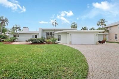 Clearwater Beach Single Family Home For Sale: 65 Iris Street