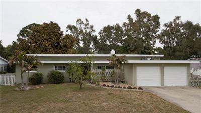 St Petersburg Single Family Home For Sale: 4238 Narvarez Way S