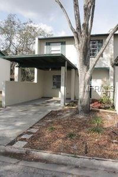 Tampa Condo For Sale: 5162 Tennis Court Circle #-