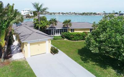 Redington Beach Single Family Home For Sale: 15928 Redington Drive
