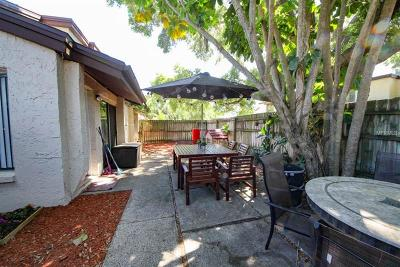 Townhouse For Sale: 2095 Sunset Point Road #2304