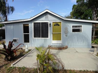 Hernando County, Hillsborough County, Pasco County, Pinellas County Single Family Home For Sale: 711 Smith Street