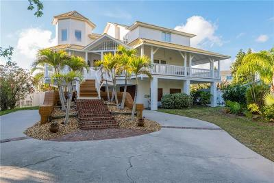 Madeira Beach FL Single Family Home For Sale: $1,075,000