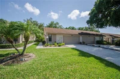Palm Harbor FL Villa For Sale: $260,000