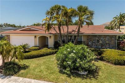 Single Family Home For Sale: 310 Palm Island SE