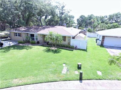 Largo Single Family Home For Sale: 1394 Oakbrook Drive