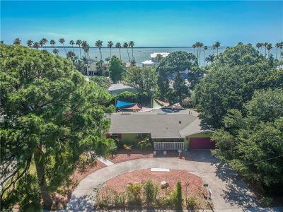 Dunedin Single Family Home For Sale: 1664 Bayshore Boulevard