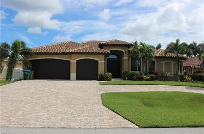 Cape Coral Single Family Home For Sale: 2825 51st Street