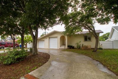 Dunedin Single Family Home For Sale: 1112 Glenwood Drive