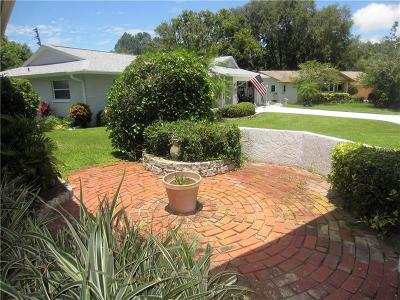 Palm Harbor Single Family Home For Sale: 1404 Brighton Court