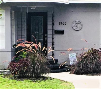 St Petersburg FL Single Family Home For Sale: $305,000