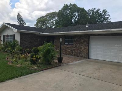 Largo Single Family Home For Sale: 546 Deville Drive E