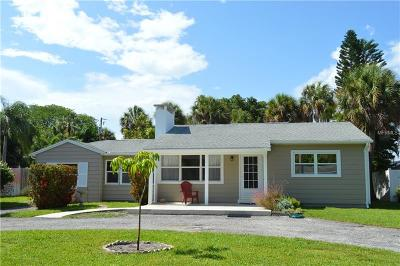 Saint Pete Beach, St Pete Beach Single Family Home For Sale: 220 40th Avenue