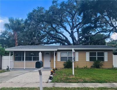 Single Family Home For Sale: 426 Roanoke Street